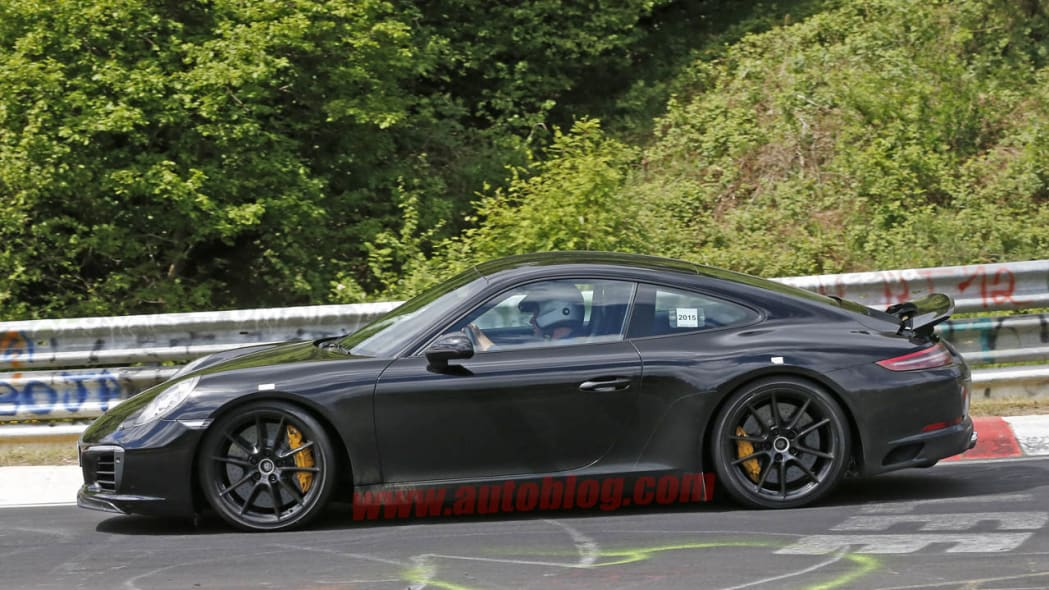 Porsche 911 spied at the Nurburgring side
