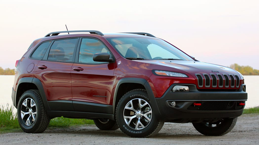 2014 jeep cherokee side red