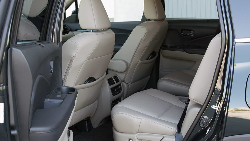 2016 Honda Pilot rear seats