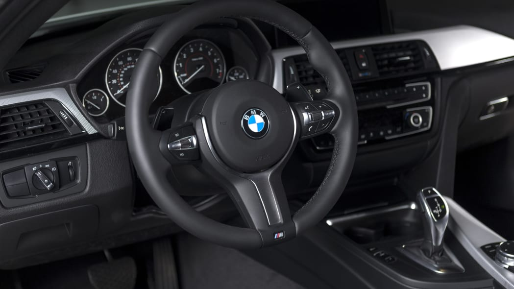 BMW 435i ZHP Edition Coupe steering wheel cabin