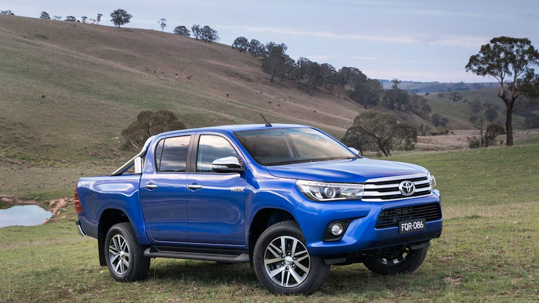 2016 Toyota HiLux truck