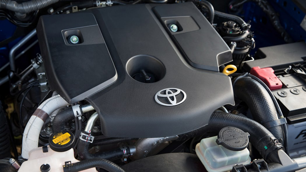 2016 Toyota HiLux engine
