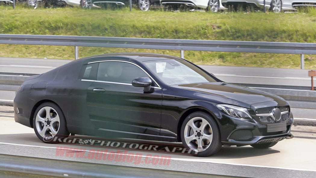 black mercedes-benz c-class coupe spy shot side