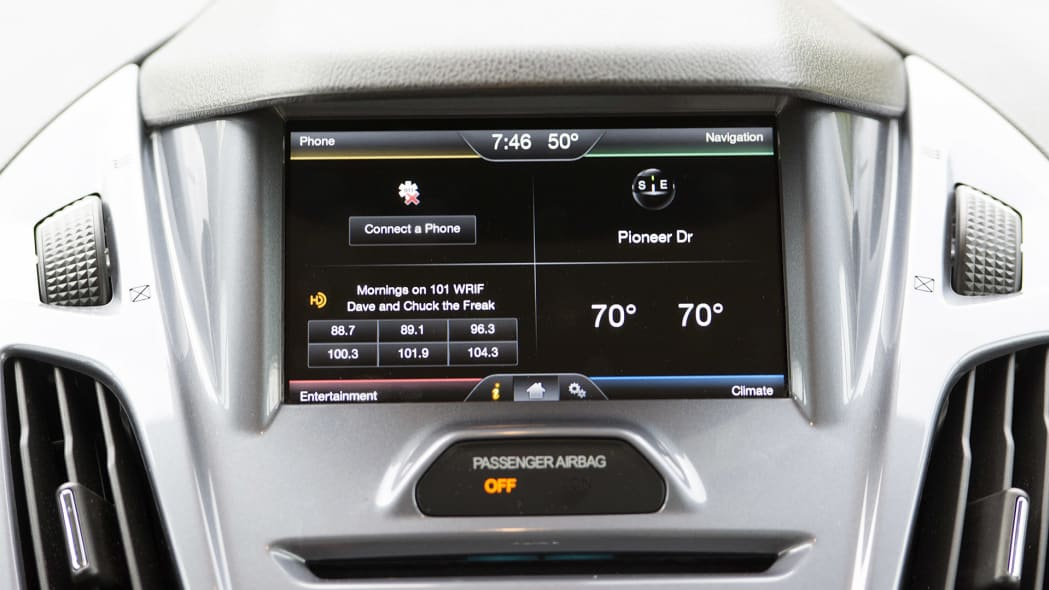 2015 Ford Transit Connect Wagon infotainment system