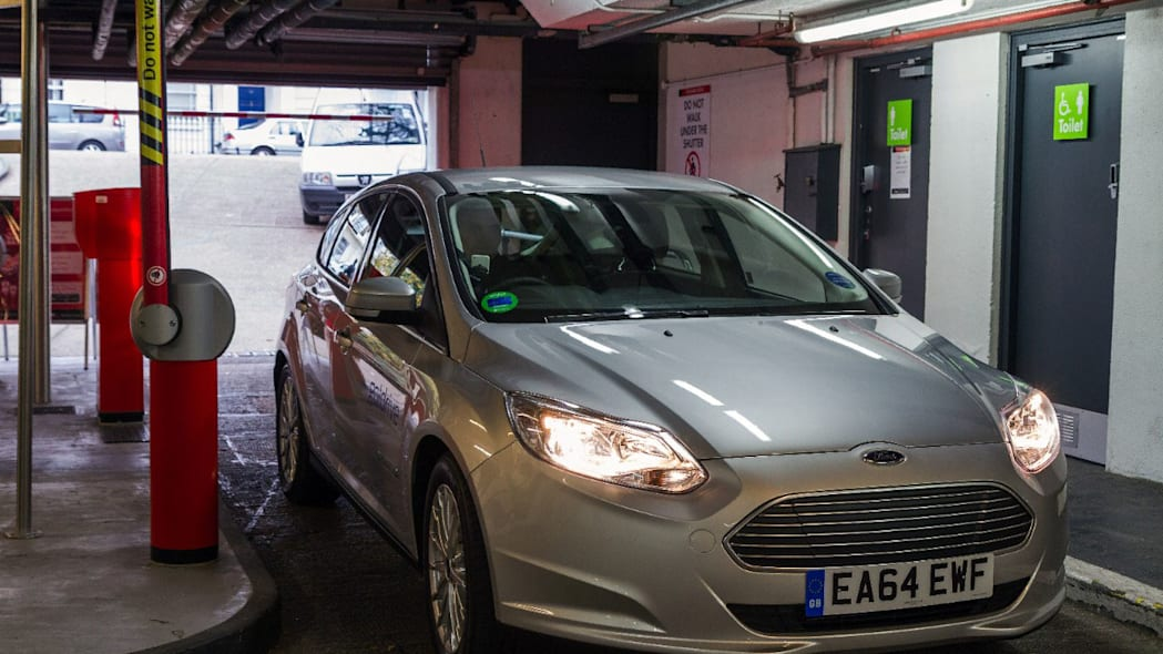 ford godrive carsharing in london parking
