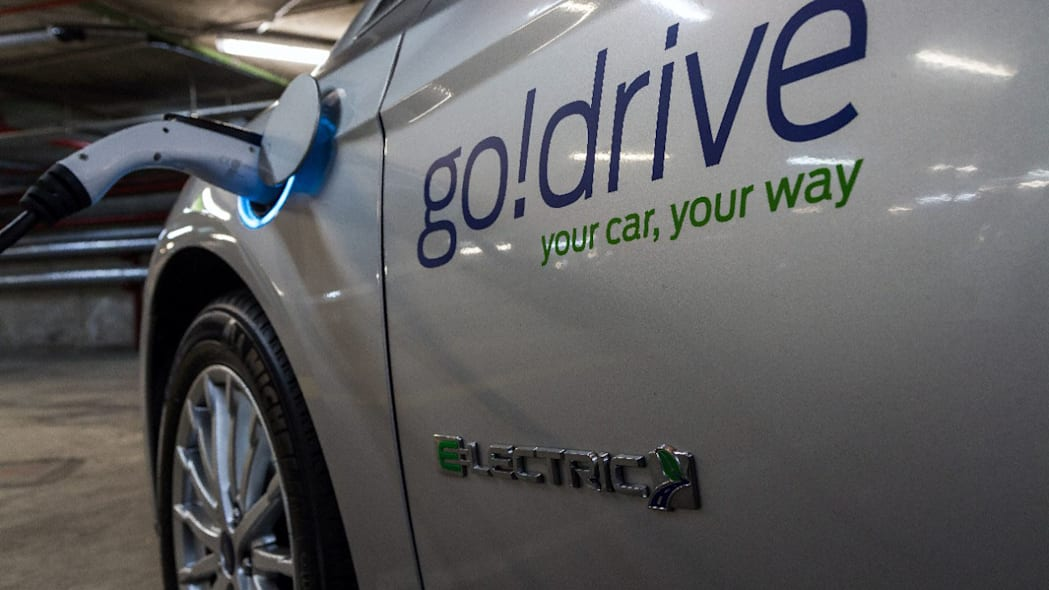 ford godrive carsharing in london charging