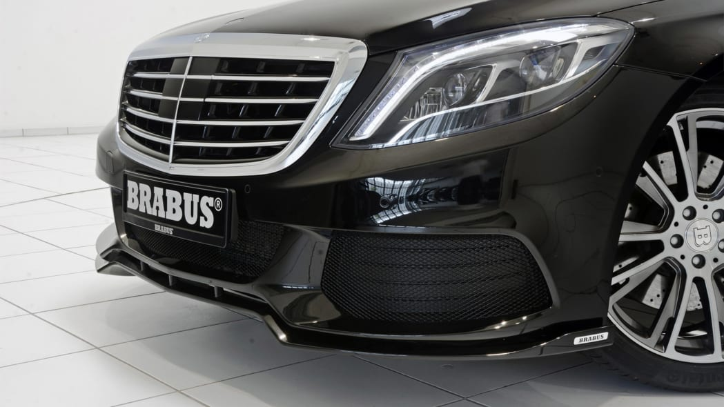 Brabus PowerXtra B50 Hybrid grille headlight