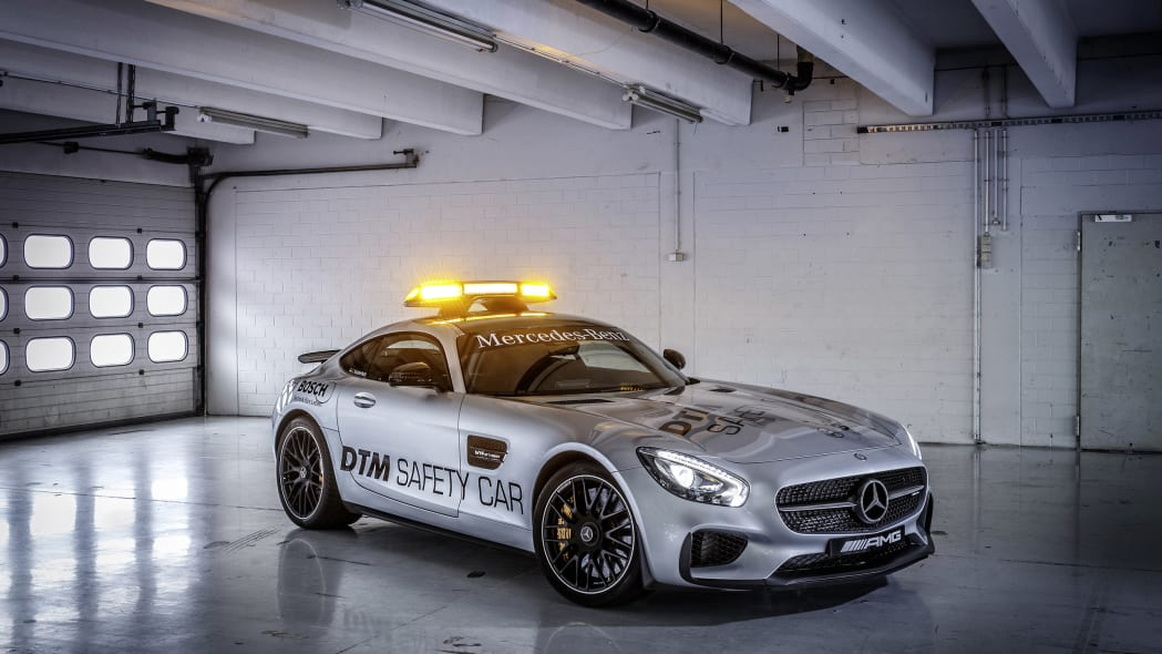 Mercedes-AMG GT DTM Safety Car garage