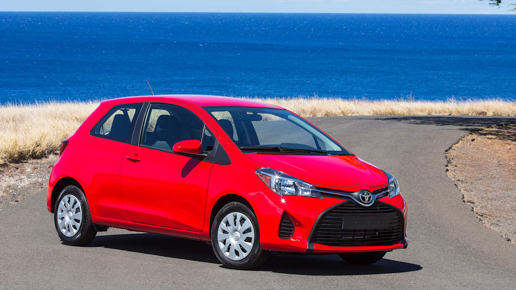 2015 Toyota Yaris red
