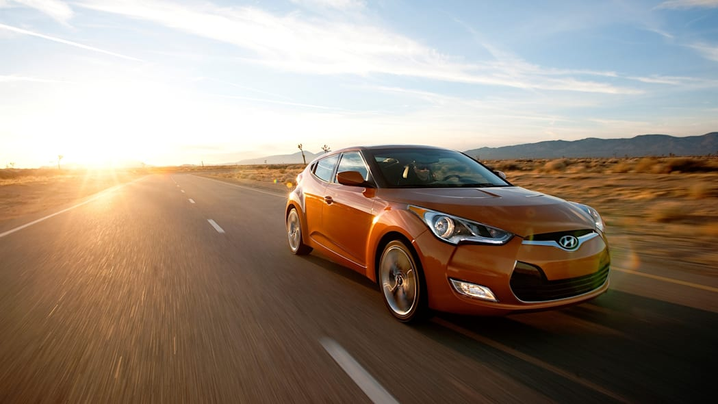 2015 Hyundai Veloster orange