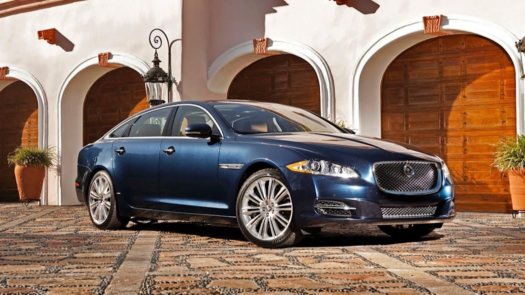 2015 Jaguar Portfolio XJL AWD in blue