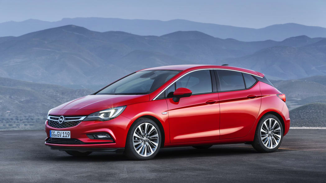 Opel Astra front 3/4