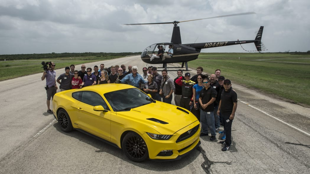 yellow hennessey performance hpe750 mustang whole team