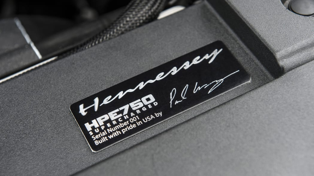 hennessey performance hpe750 mustang engine plaque