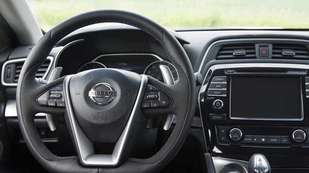 2016 Nissan Maxima steering wheel