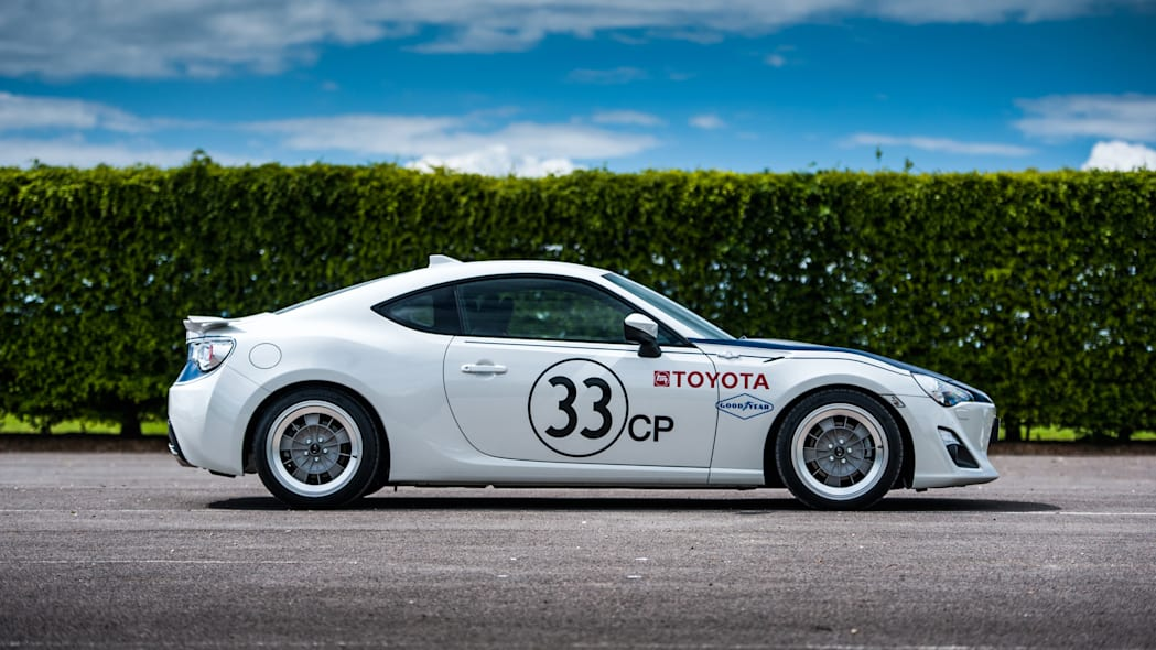 Toyota GT86 in Shelby livery side