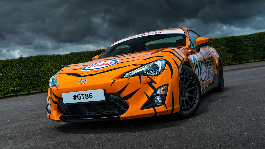 Toyota GT86 in Esso Ultron livery front 3/4
