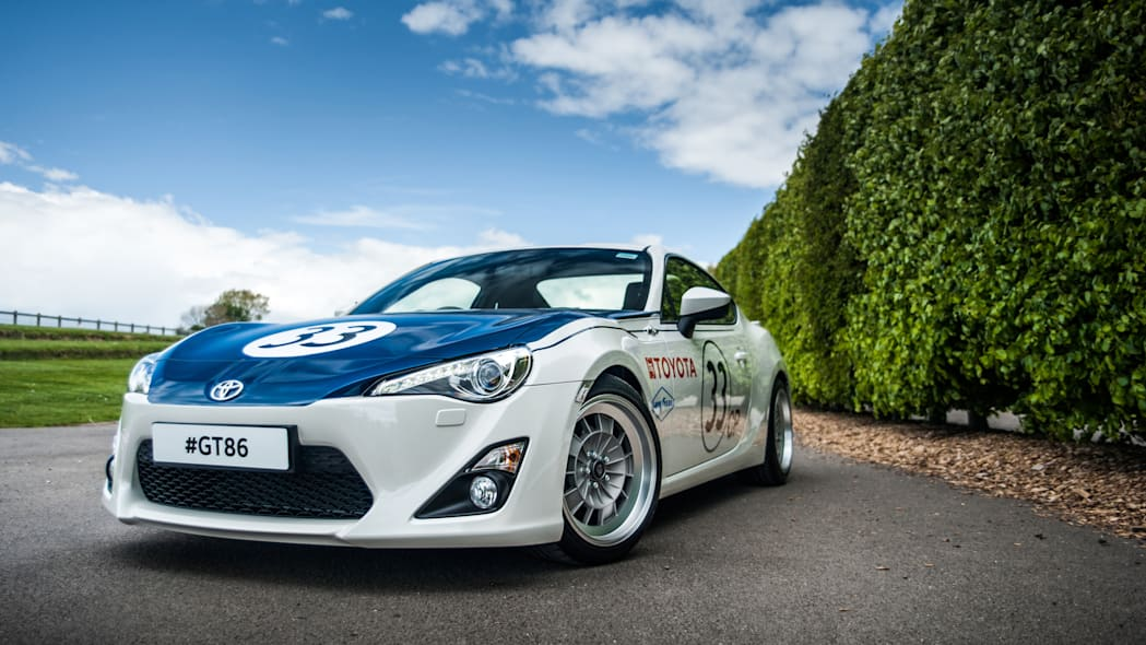 Toyota GT86 in Shelby livery front 3/4