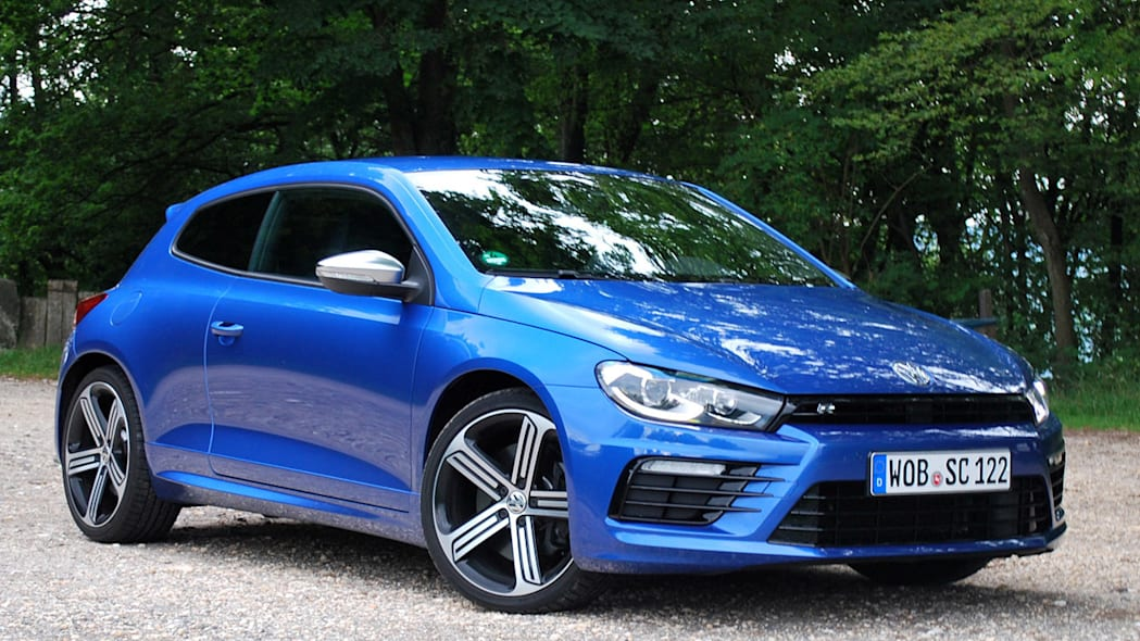 vw scirocco blue front