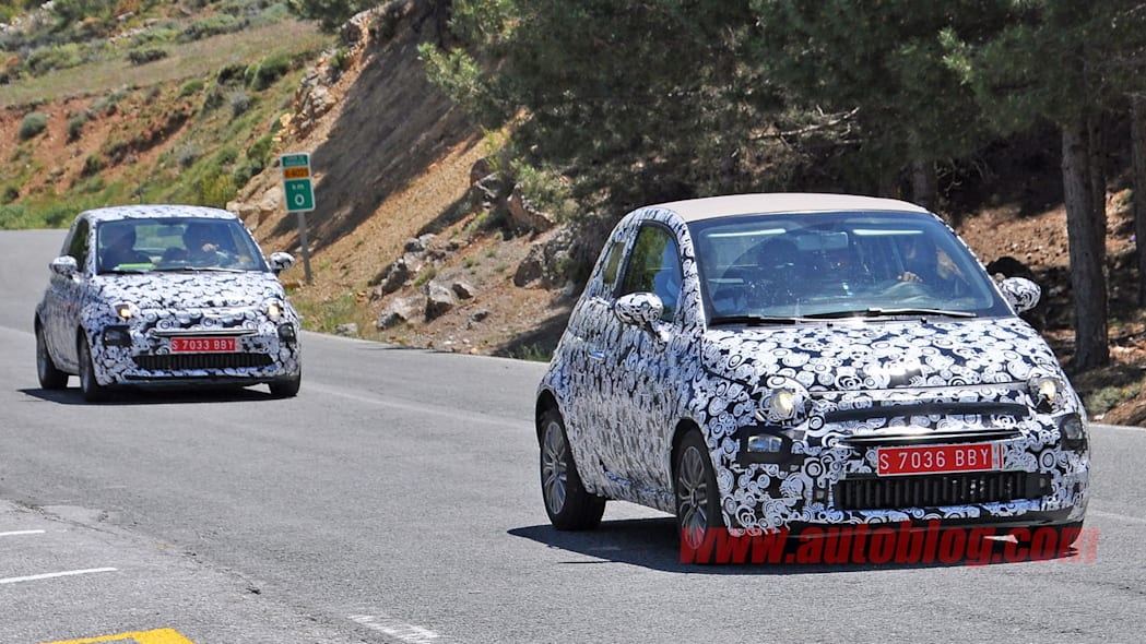 fiat 500 and 500c front three quarters camouflaged spy shots