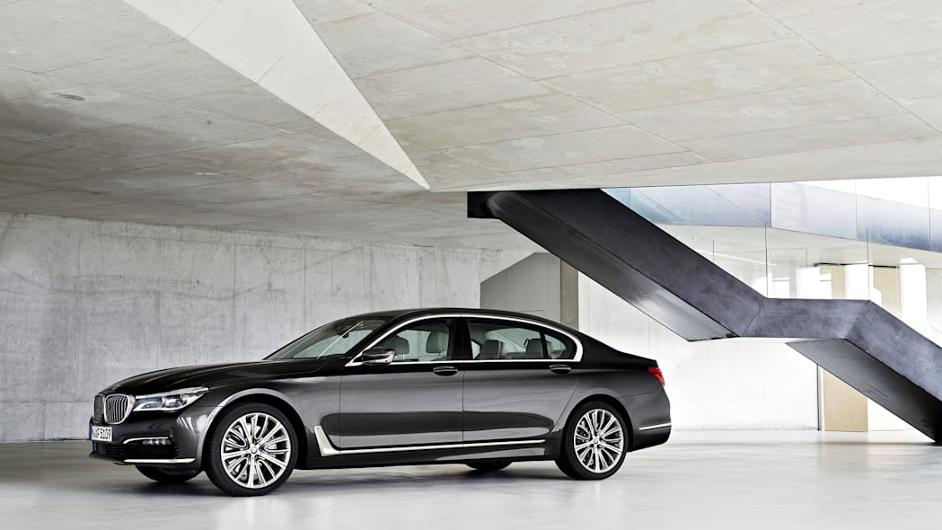 2016 bmw 7 series indoors parked