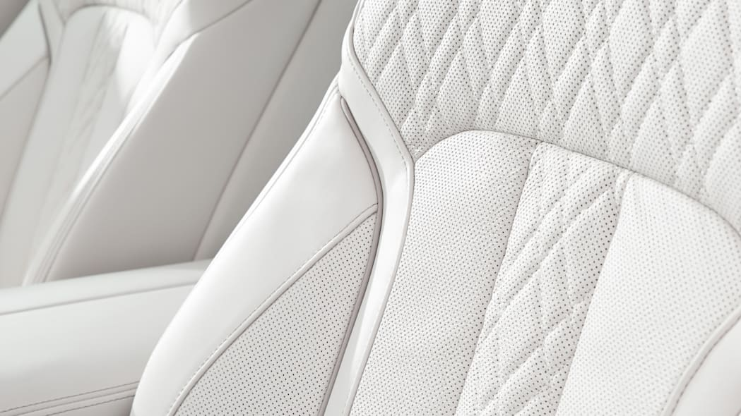 seats leather stitching quilted bmw 7 series