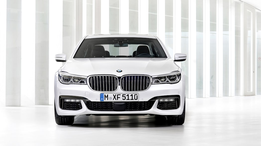 front 7 series parked bmw 2016