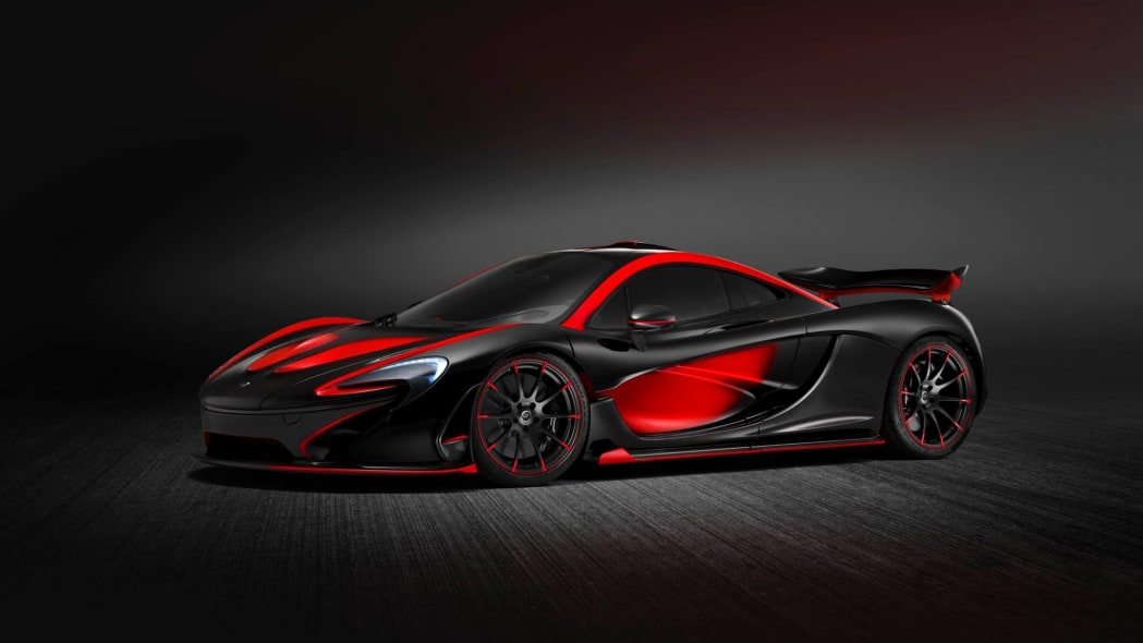 McLaren Special Operations P1 red and black livery front 3/4