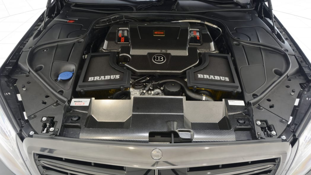 Mercedes-Maybach S600 Brabus engine bay