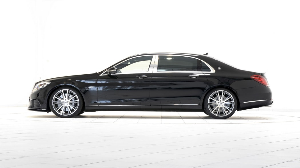 Mercedes-Maybach S600 by Brabus side