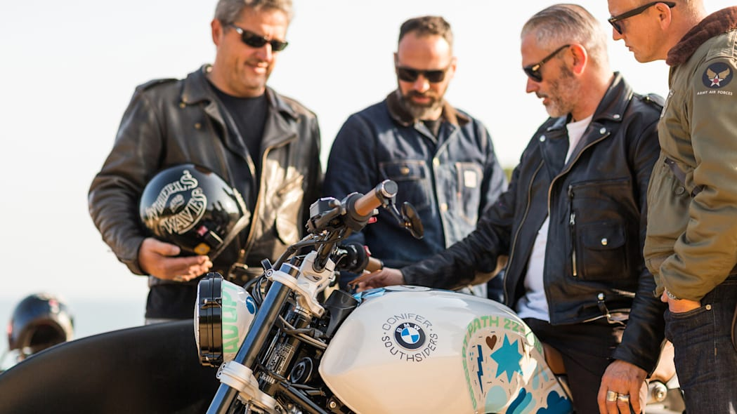 BMW Concept Path 22 people
