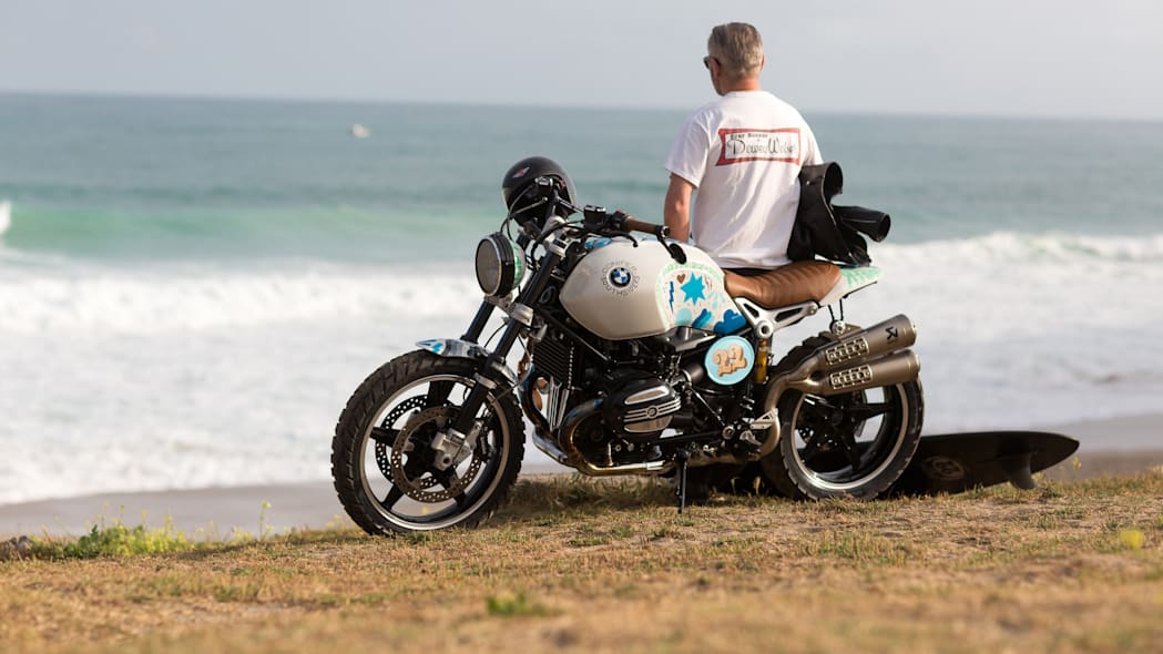 BMW Concept Path 22 beach waves rider front side 3/4
