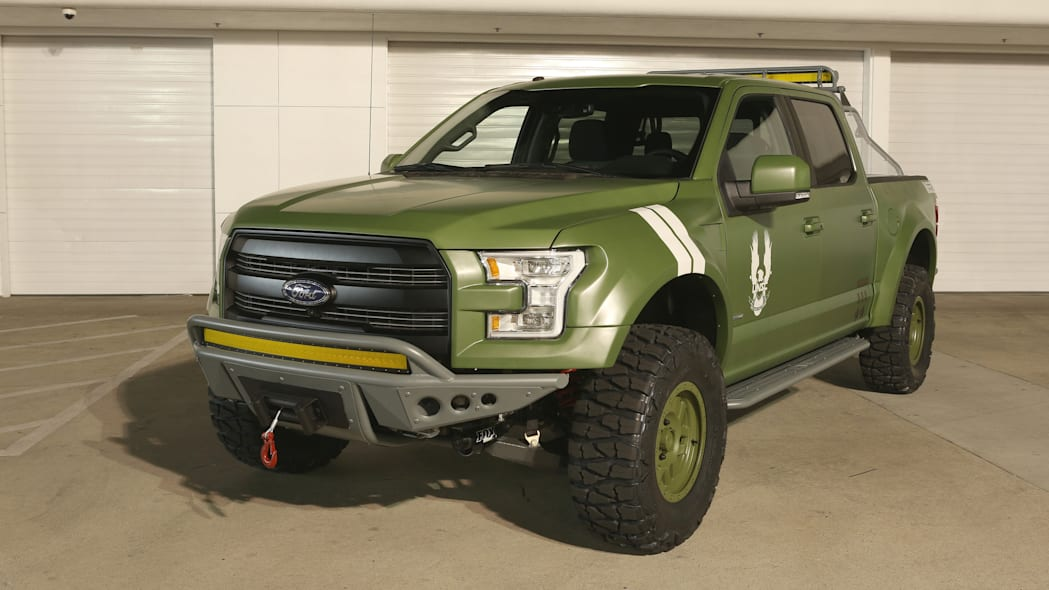 Ford F-150 Halo Sandcat front 3/4