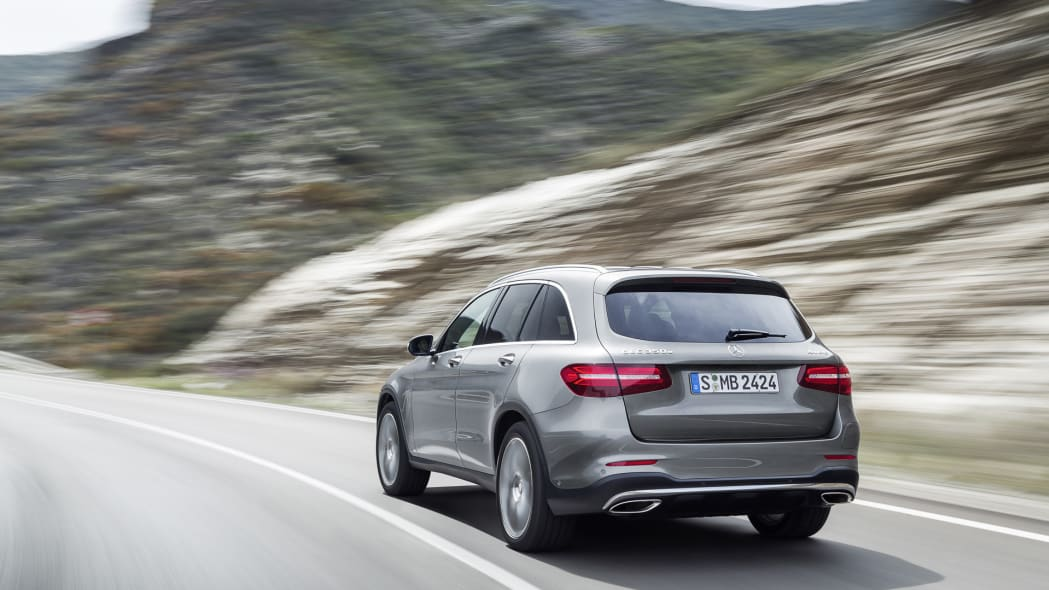 glc 2016 action speed taillights mercedes