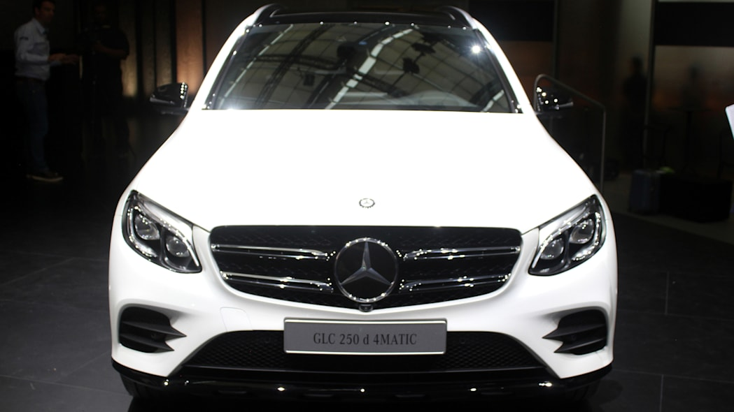 2016 Mercedes-Benz GLC 250d front view.