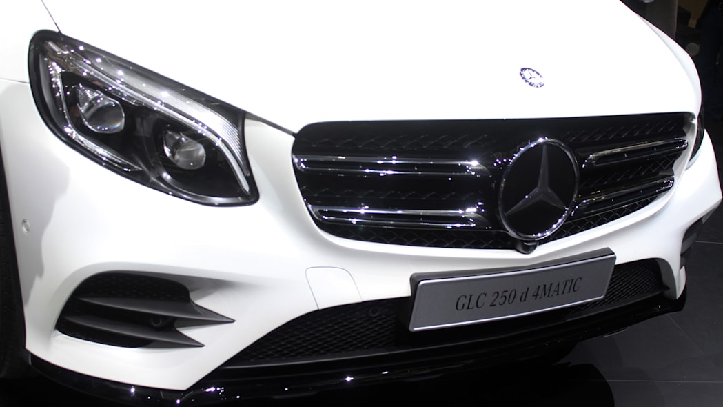 2016 Mercedes-Benz GLC 250d front, up close.