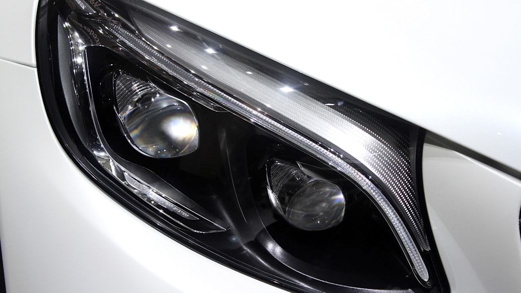 2016 Mercedes-Benz GLC 250d headlights.