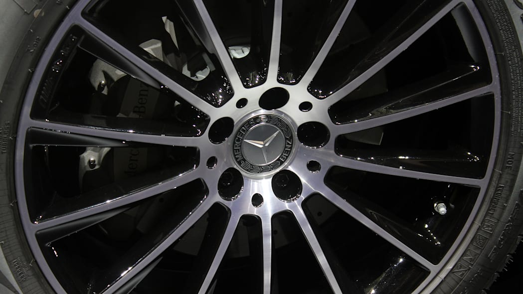 2016 Mercedes-Benz GLC 250d wheel.