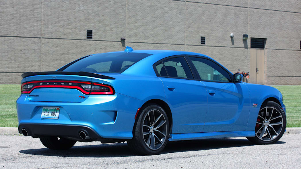 2015 Dodge Charger R/T Scat Pack rear 3/4
