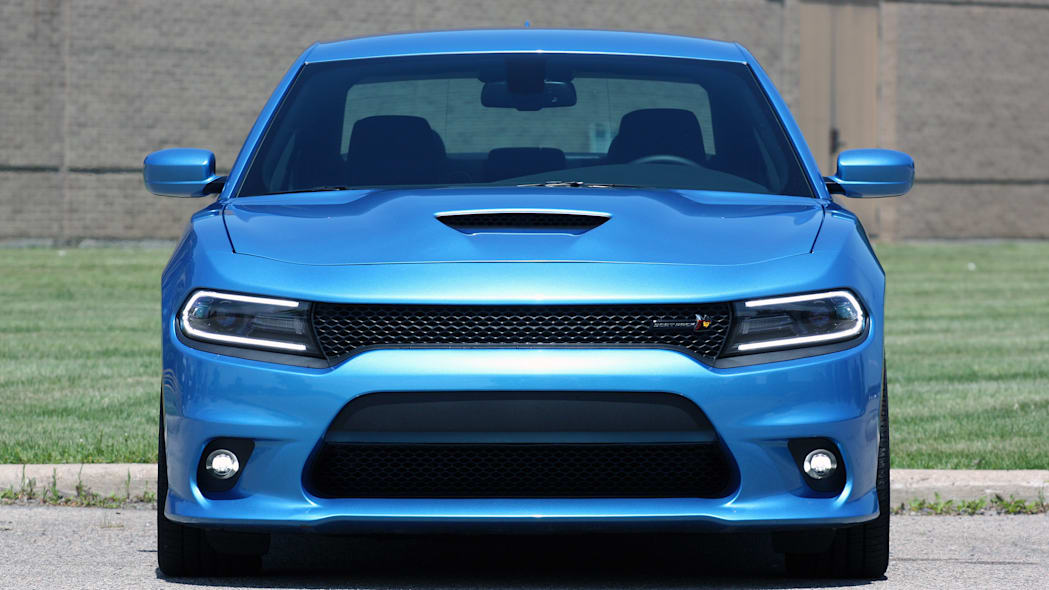 2015 Dodge Charger R/T Scat Pack front