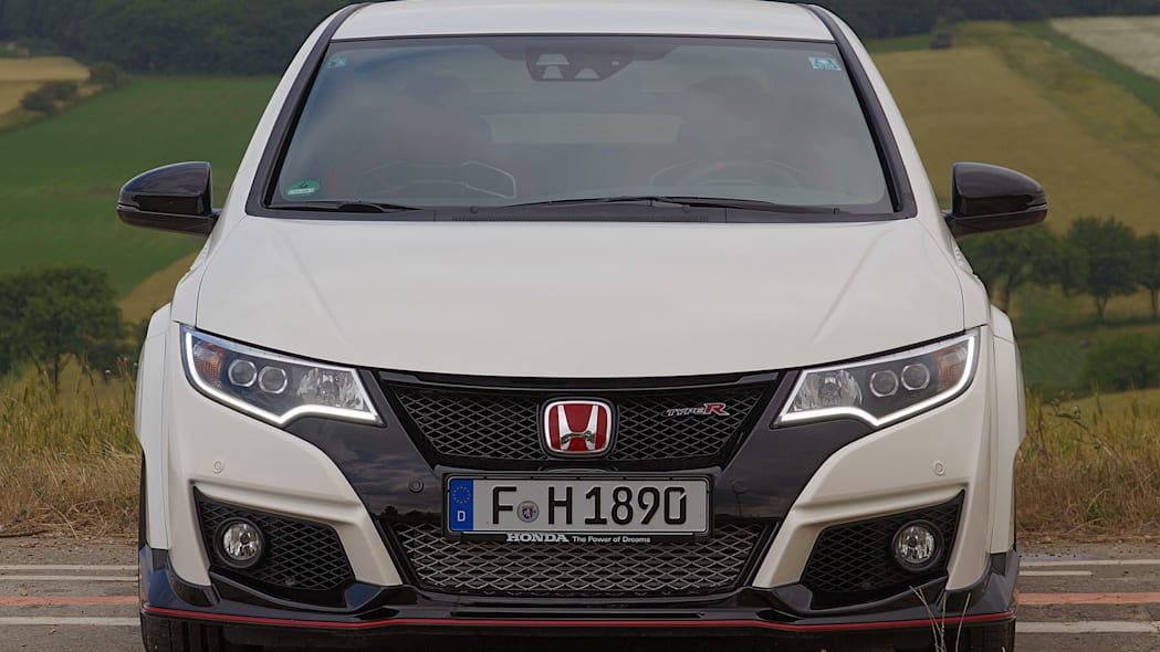 2015 Honda Civic Type R front view
