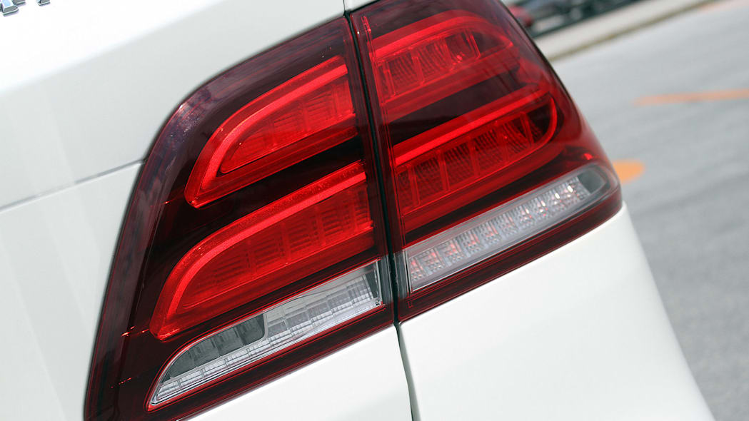 2016 Mercedes-Benz GLE taillight