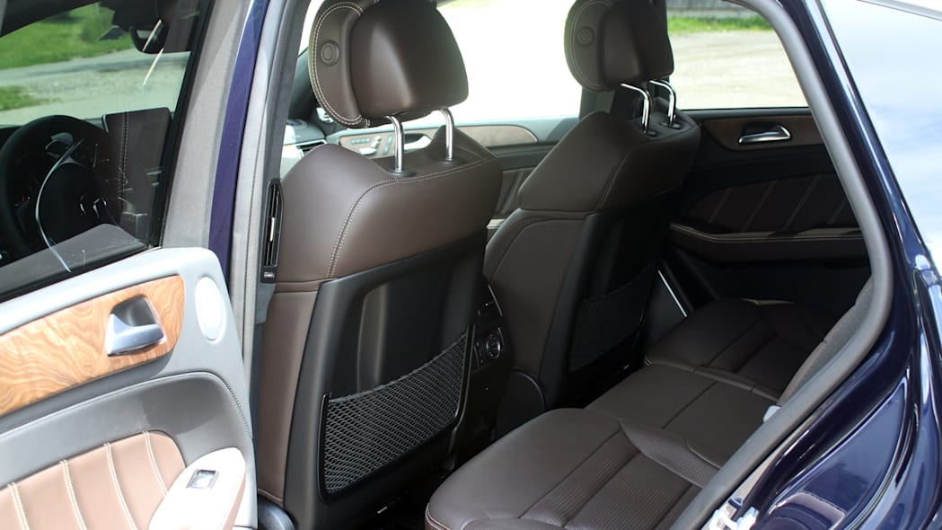 2016 Mercedes-Benz GLE Coupe rear seats