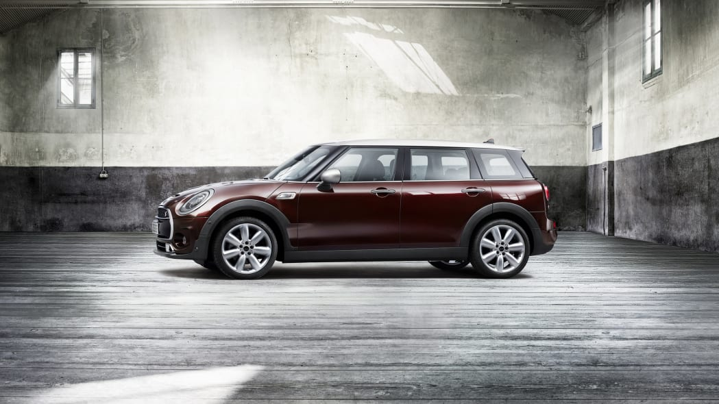 2016 Mini Cooper S Clubman front side 3/4