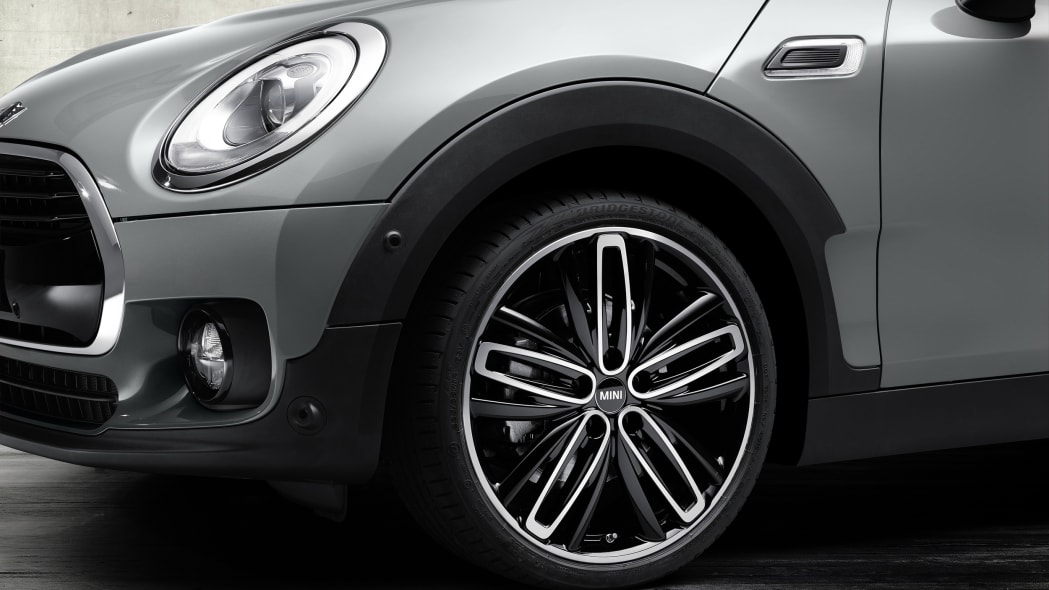 2016 Mini Clubman wheel