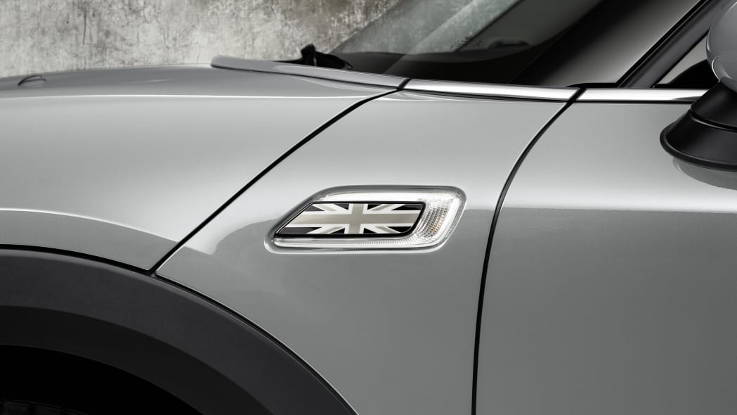 2016 Mini Clubman union jack side lamp