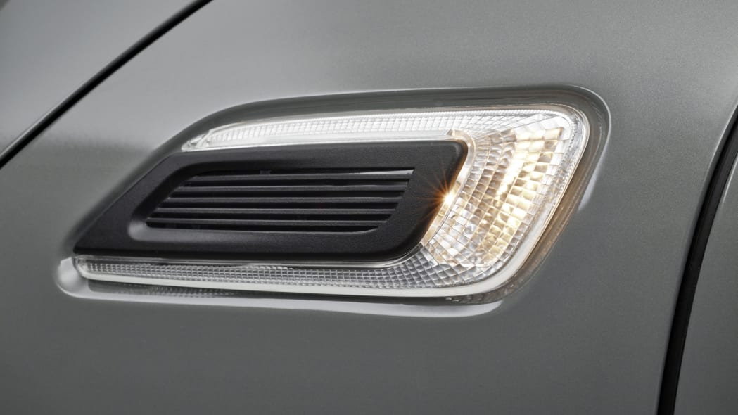 2016 Mini Clubman side lamp