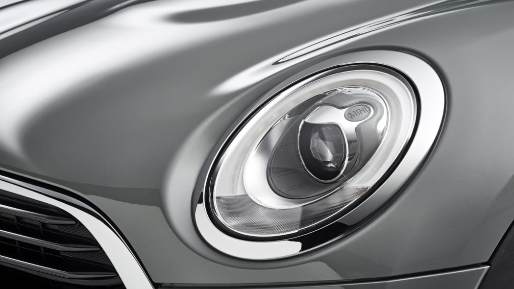 2016 Mini Clubman headlight