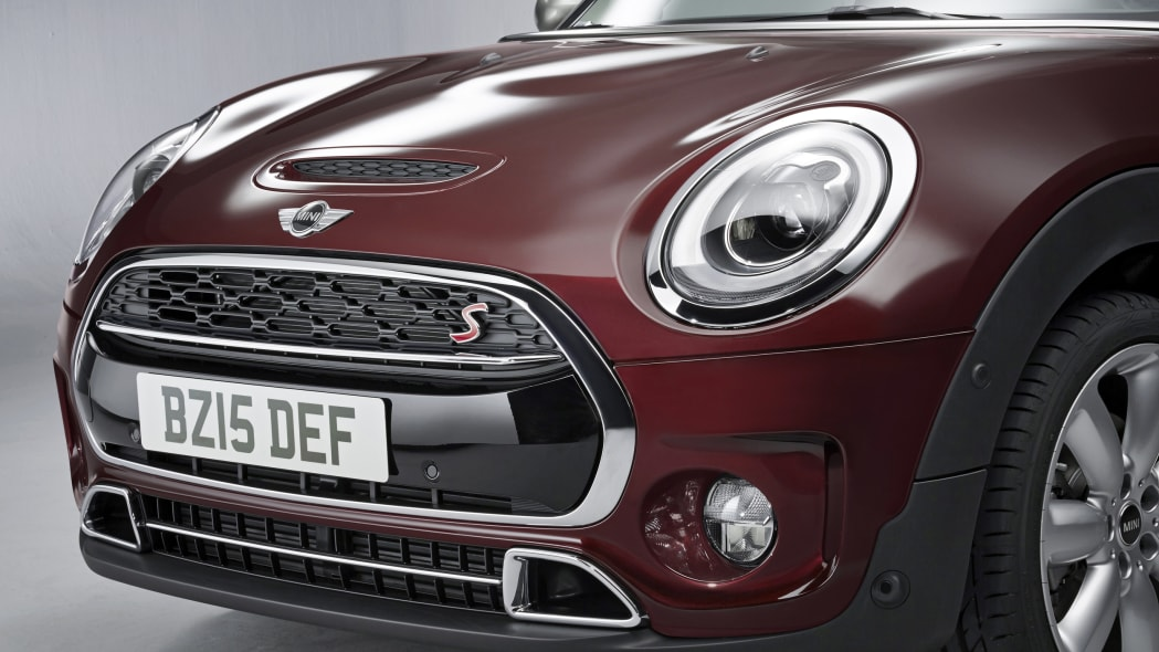2016 Mini Cooper S Clubman front grille