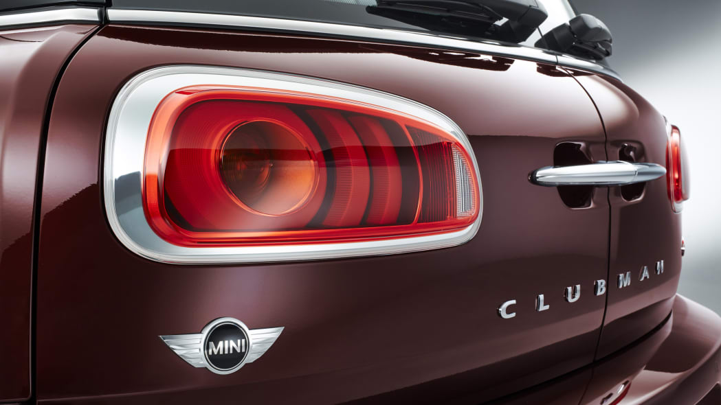2016 Mini Cooper S Clubman tail